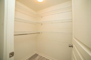 13 Closet