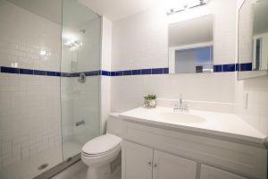 25 2nd Bathroom