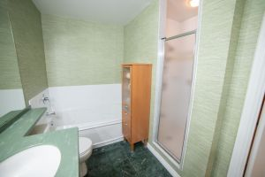 25 Washroom
