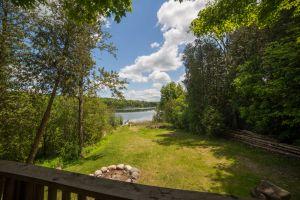 25 Rear Lake View