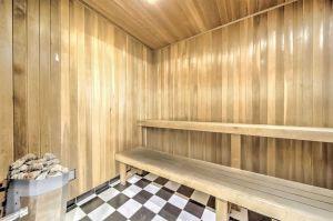 36 Sauna