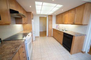 JA 75 Wynford Heights Cres Unit 2501 13 Kitchen 4