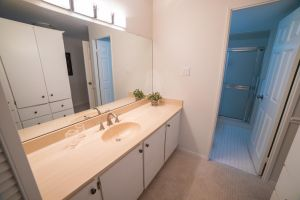JA 75 Wynford Heights Cres Unit 2501 24 2nd Washroom 1