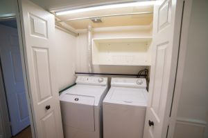 JA 75 Wynford Heights Cres Unit 2501 28 Laundry